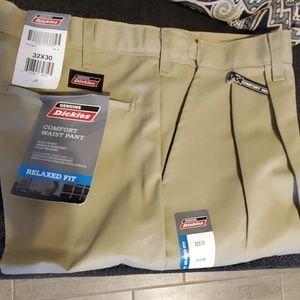 NWT Men's Dickies Pants